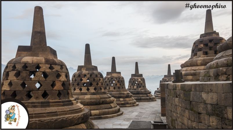 borobudur-temple-park_indonesia_stupas-of-borobudur-11-1
